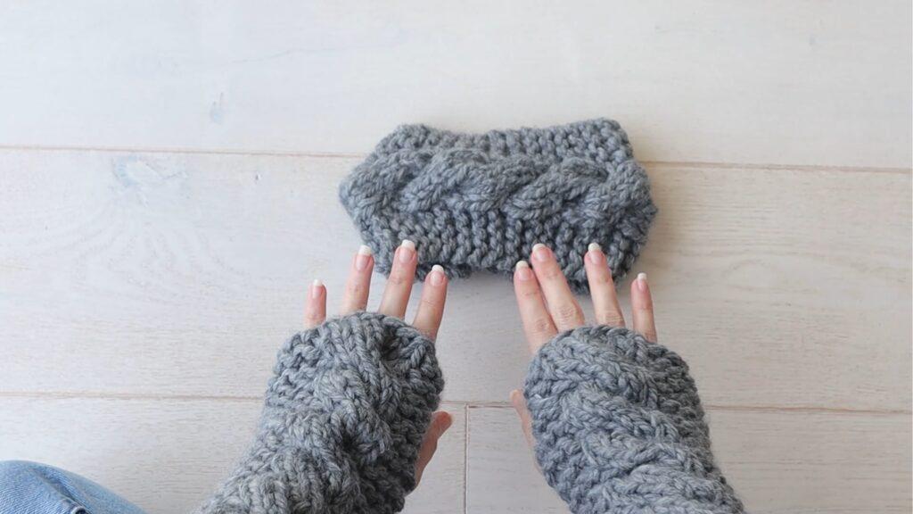 ensemble en tricot torsadé super épais